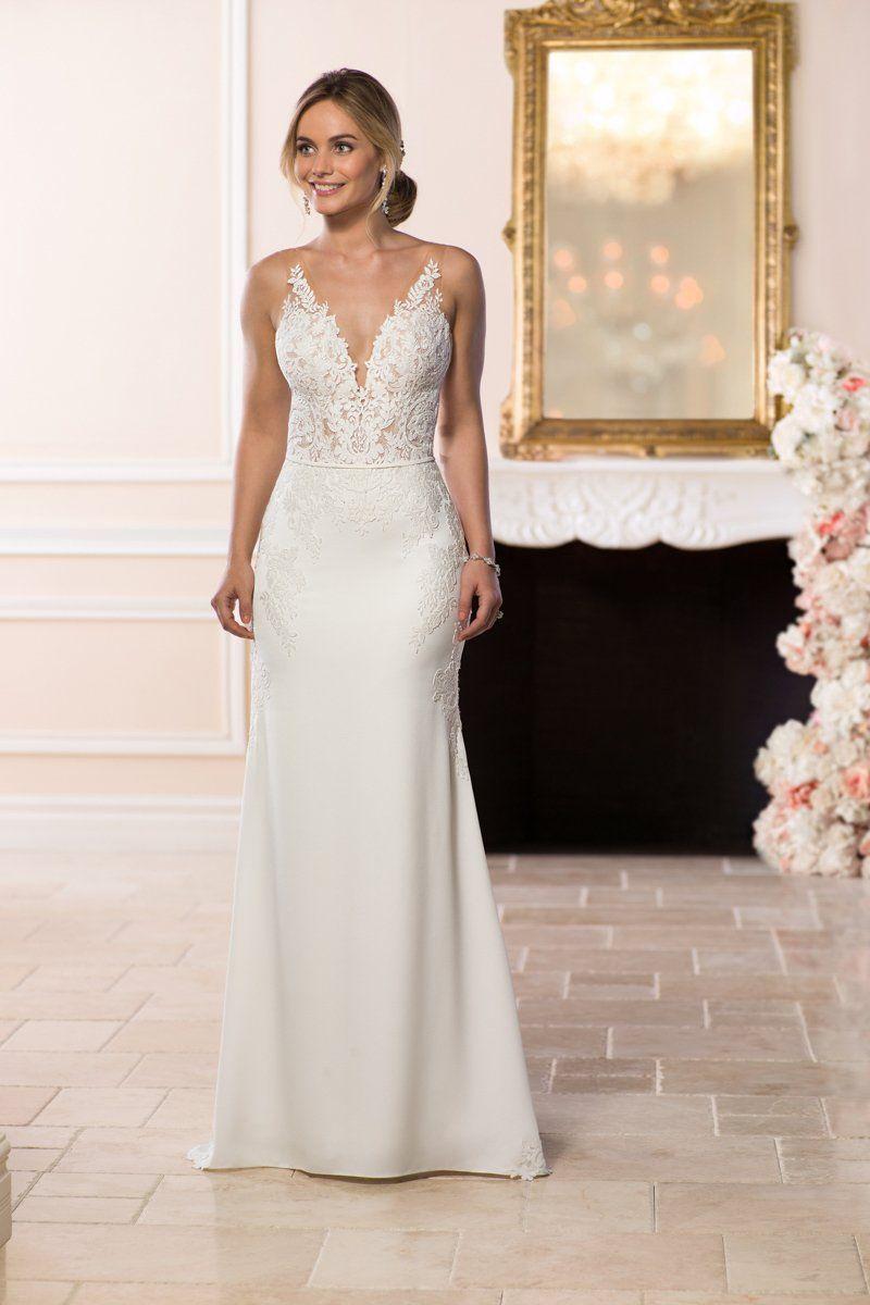 Modern Simple Wedding Dress Idea Sheath Wedding Dress With Lace Bodice And V Neckline Sty Sleek Wedding Dress York Wedding Dress Stella York Wedding Dress [ 1200 x 800 Pixel ]