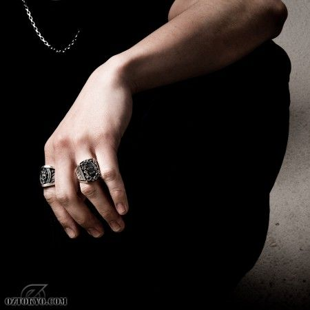 Freedom to Die « Rings by BigBlackMaria   Online Boutique Oz Abstract Tokyo, Japan #skullring #ozabstract