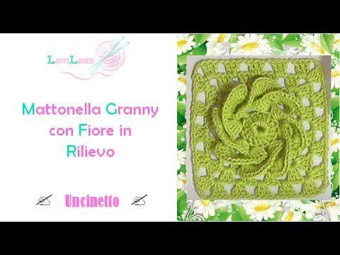 Mattonella Granny Con Fiore In Rilievo Uncinetto Granny Square