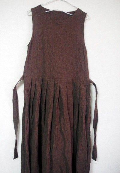 春先からの重ね着ガーリーワンピースを製作しました。たっぷりとスカート部分に生地幅を持たせたロング丈なのでふわふわと広がるフォルムも素敵です♪大人の春のお色です...|ハンドメイド、手作り、手仕事品の通販・販売・購入ならCreema。
