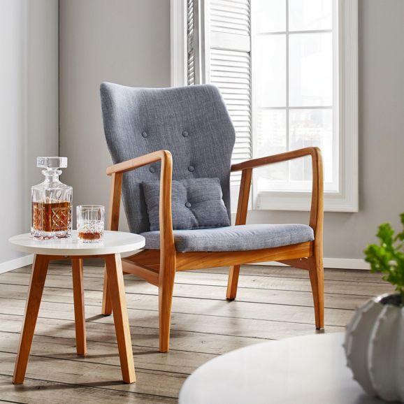 Schicker Sessel im Retro-Look - ein Blickfang mit Leinenbezug in ...