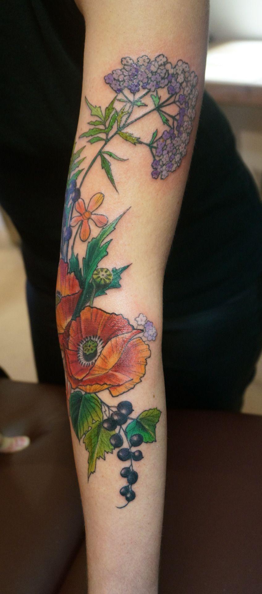 I Finished Trishas Botanical Tattoo Of Poppy Flowersvalerian