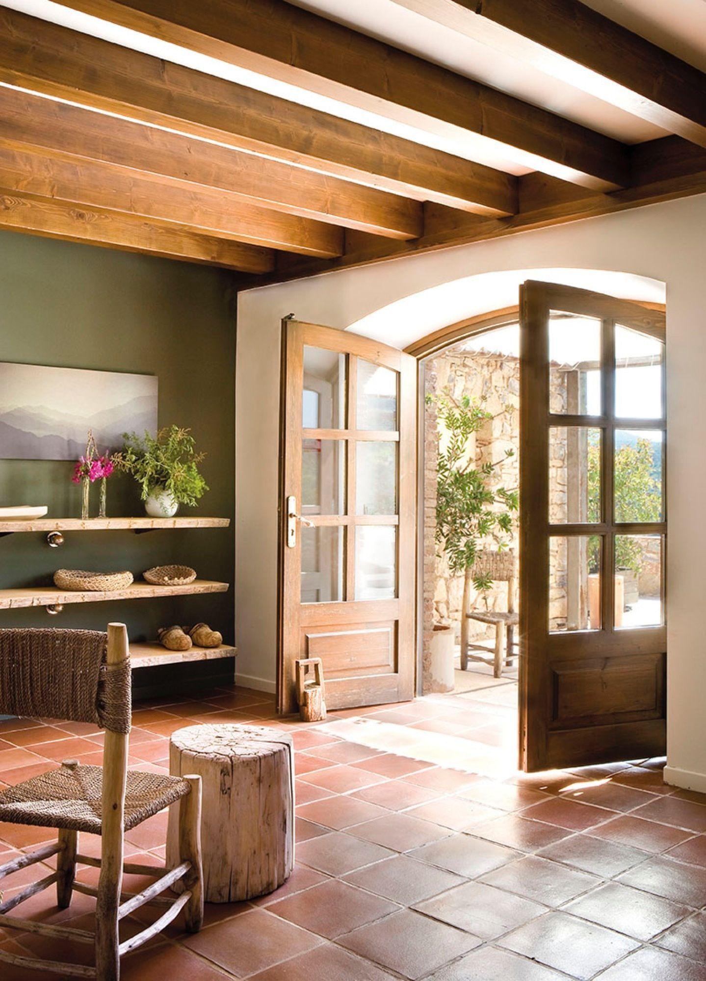 Una entrada abierta y c lida recibo pinterest for Entradas de casas rusticas
