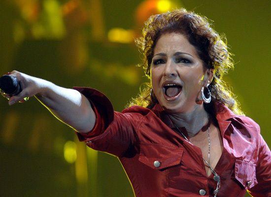 Gloria Estefan - Top 8 Famous Refugees (SLIDESHOW)