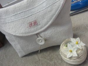 Great Tutorial. Remember if you do not use hemp fabric, use a stablilizer or it will come out very floppy.