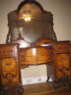 Art Nouveau Bedroom Set Circa In Beautiful Condition Manufactured By Bett Furniture Company Virginia Dresser Vanity Stool And Double Bed With