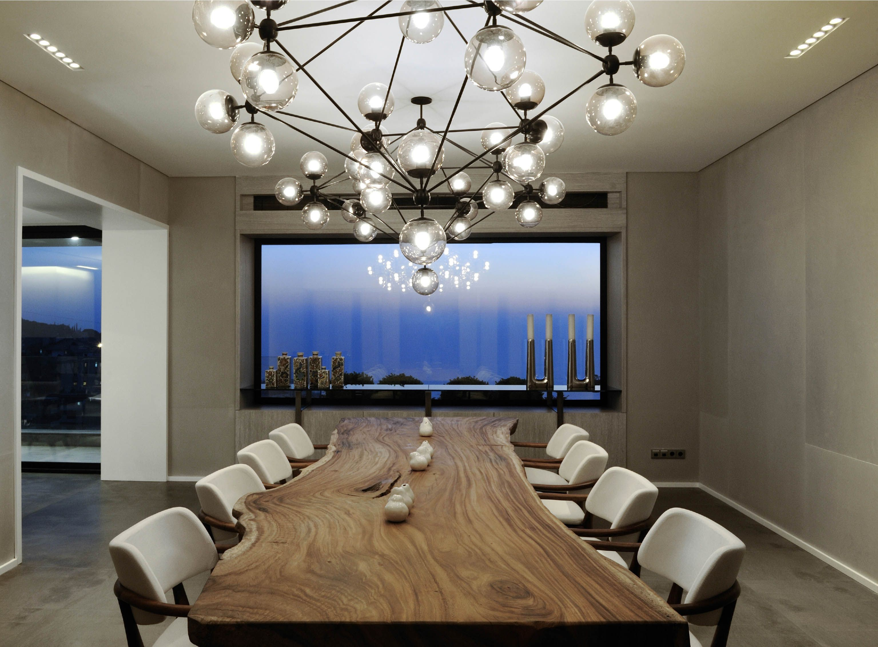 The Natural And Artificial Lighting Follow The Tempo Of