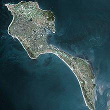 Noirmoutier-en-I'lle. - Une île rattachée au continent par un pont (gratuit), une balade à prévoir dans votre planning de vacances ! - Plus d'infos : http://www.ile-noirmoutier.com/decouvrir-noirmoutier/6-bonnes-raisons-de-venir-sur-lile-de-noirmoutier