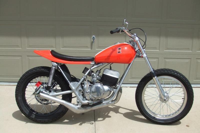 MSOLIS VINTAGE MOTORCYCLE 1977 DT250 Harley, Racing