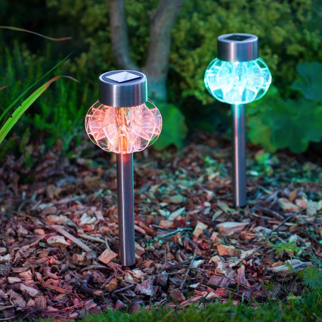 15 Extraordinary Garden Lamp Ideas That Will Maximize Your