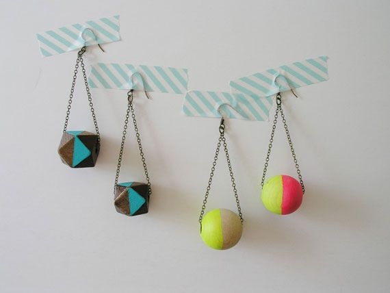 Add a splash of color to your get-up in this DIY jewelry tutorial.