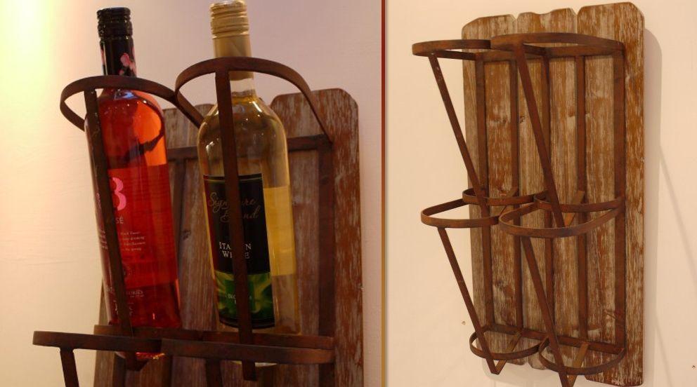 Support mural style rustique pour 4 bouteilles des cadeaux originaux pinterest boutiques - Support bouteille vin mural ...