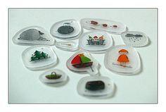 """""""sac à histoires"""", figurines en plastique fou comme support d'histoires"""