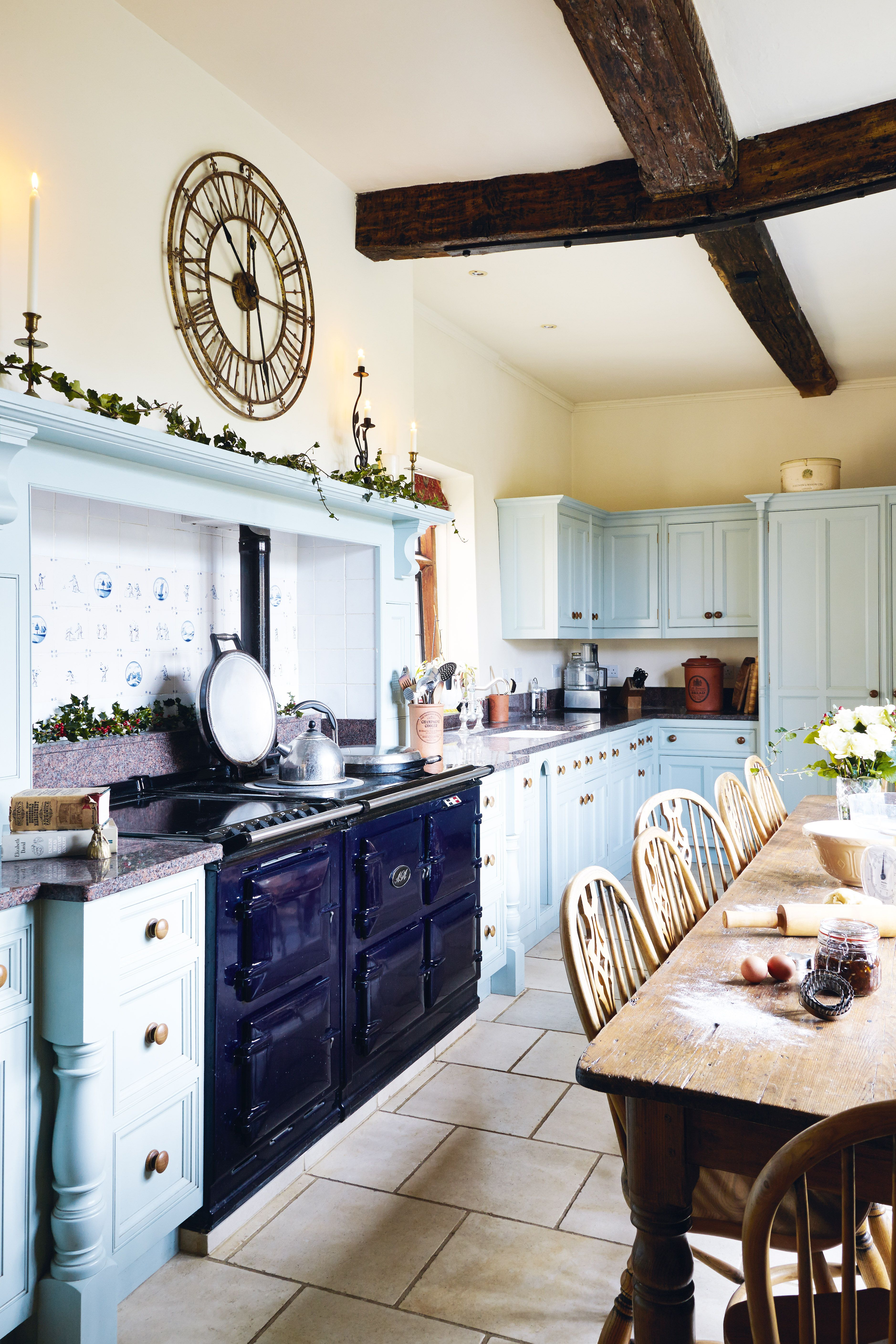 20 country kitchens to get you inspired!