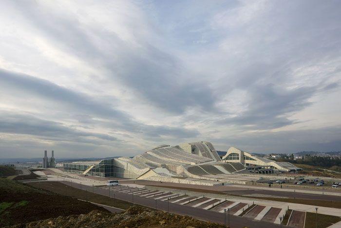 A Cidade da Cultura / Eisenman Architects