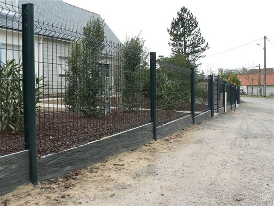 Fourniture Et Pose De Cloture Metallique Grise Palis Ardoise 44500 La Baule Cloture Jardin Bois Cloture Jardin Cloture