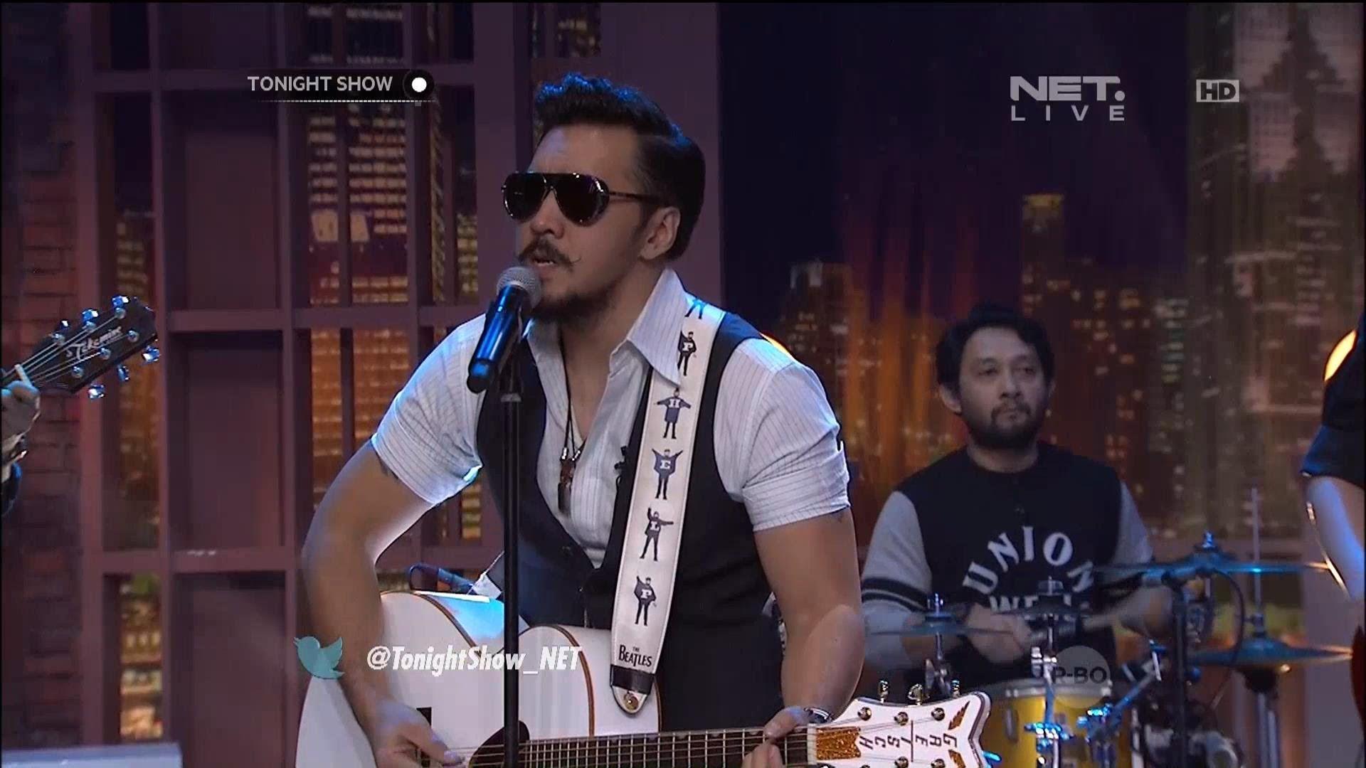 Naif Band Menyanyikan Request Lagu Dari Followers Tonight Show Tonight Show Tonight Tonight Show Net