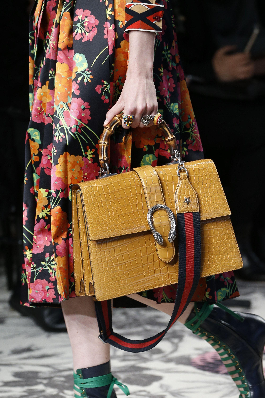 d1430fd8b591 Gucci Spring 2016 Ready-to-Wear Fashion Show   Gotta Love Em Bags ...