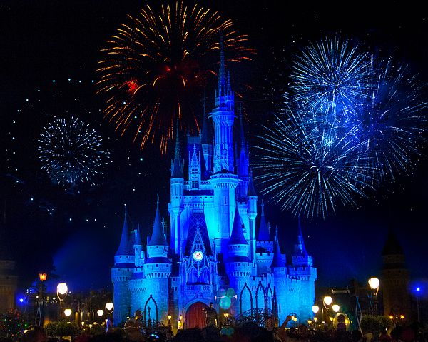 Cinderella Castle Fireworks Cinderella Castle Disney Pictures New Years Eve Fireworks