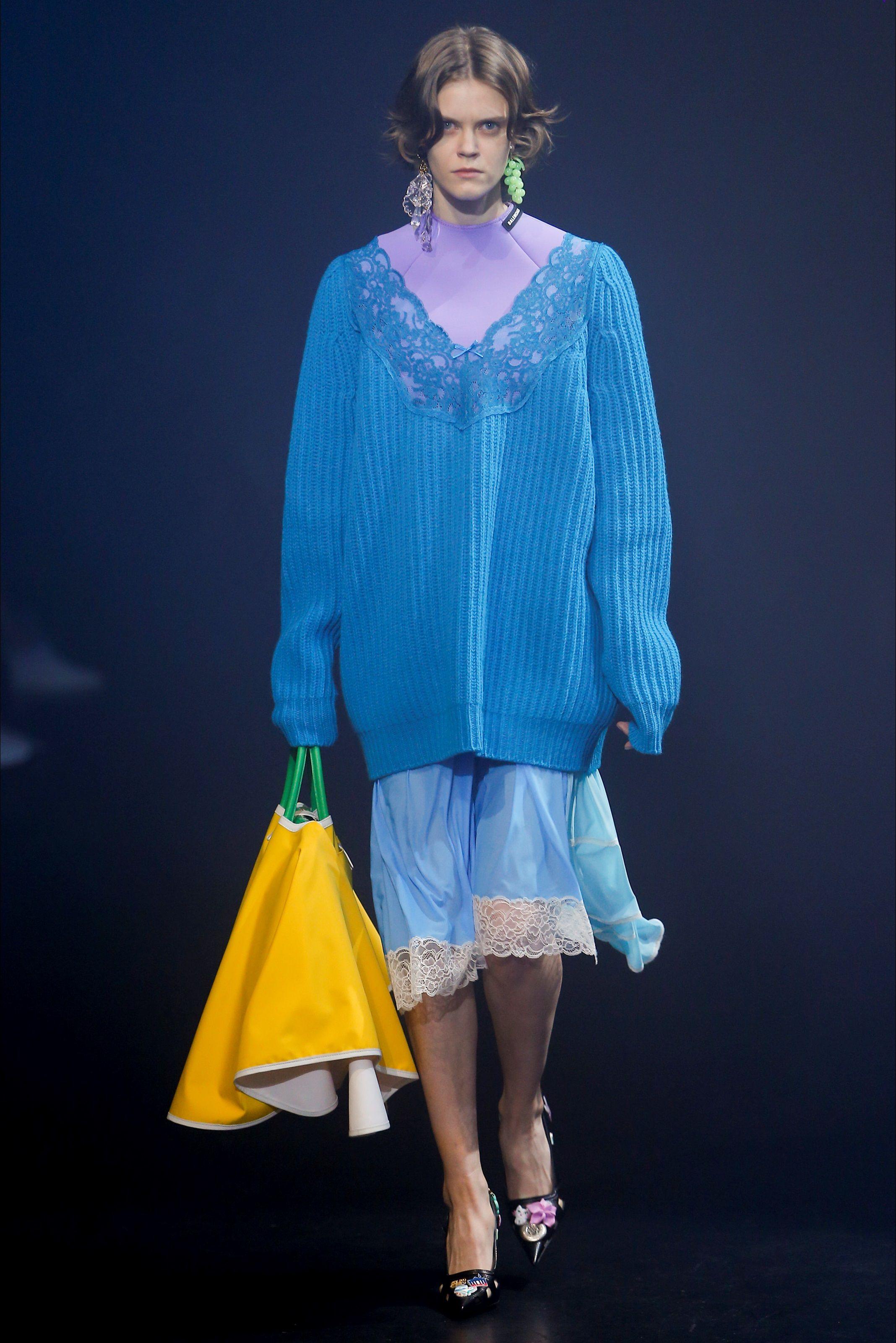 Balenciaga paris s s 2018 stile di moda moda for Case alla moda
