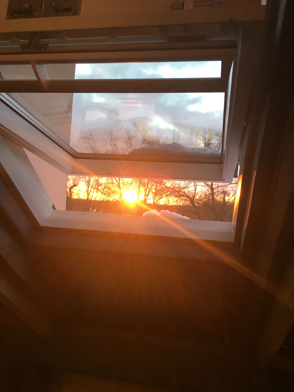 Dachfenster einbauen altbau  Dachfenster einbauen #dachfenster #altbau | Dachausbau | Pinterest ...