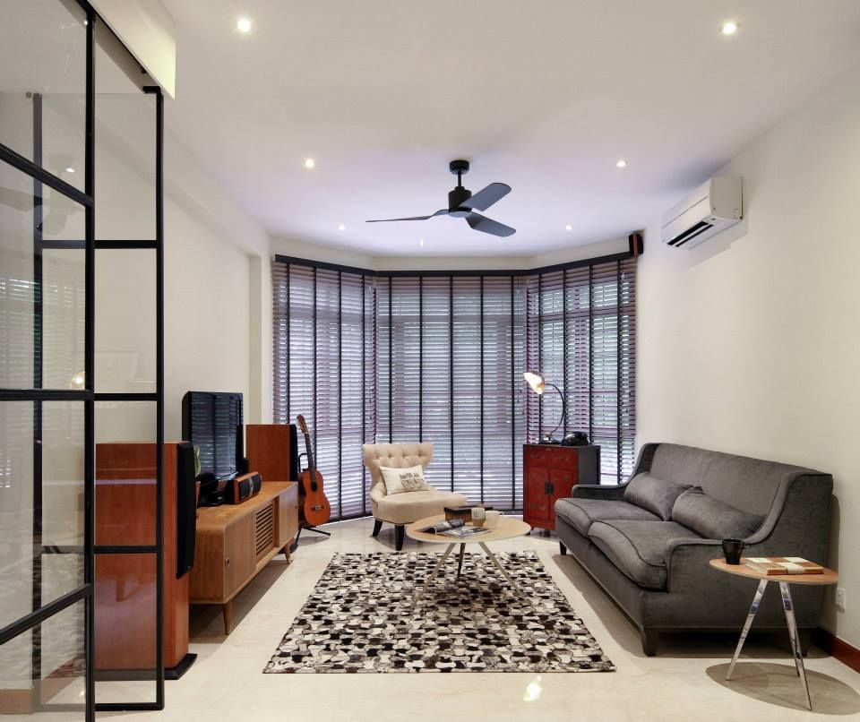 with no clear signs of economic recovery in the near horizon homeowners are urged to interior design living roomhome