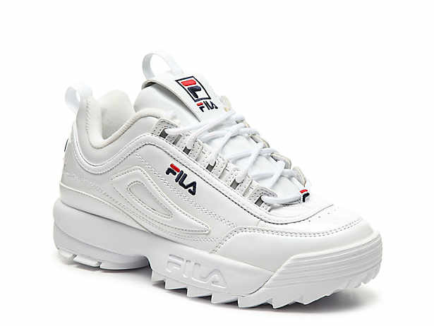 Sneakers, Womens sneakers, Red fila shoes
