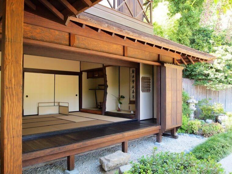 Maison japonaise en bois