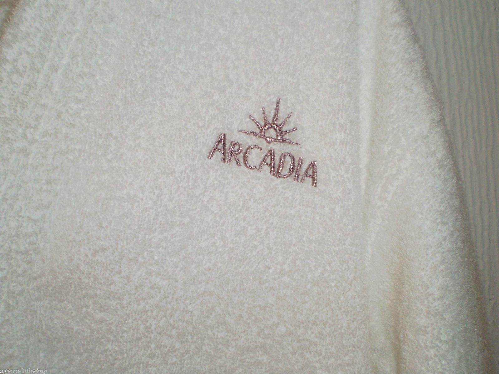 P O Cruises Arcadia Cruise Ship White Bath Robe Dressing Gown One Size  Regular 1ba9b02ff