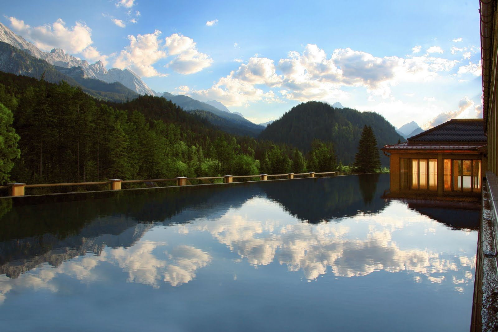 Infinity Pool Deutschland hotel schloss elmau hotel elmau hotel bayern hotel deutschland