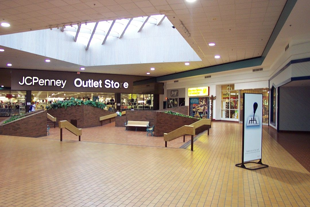 Machesney Park Mall 16 Jpg 1080 720 Mall Jcpenny Mall Stores