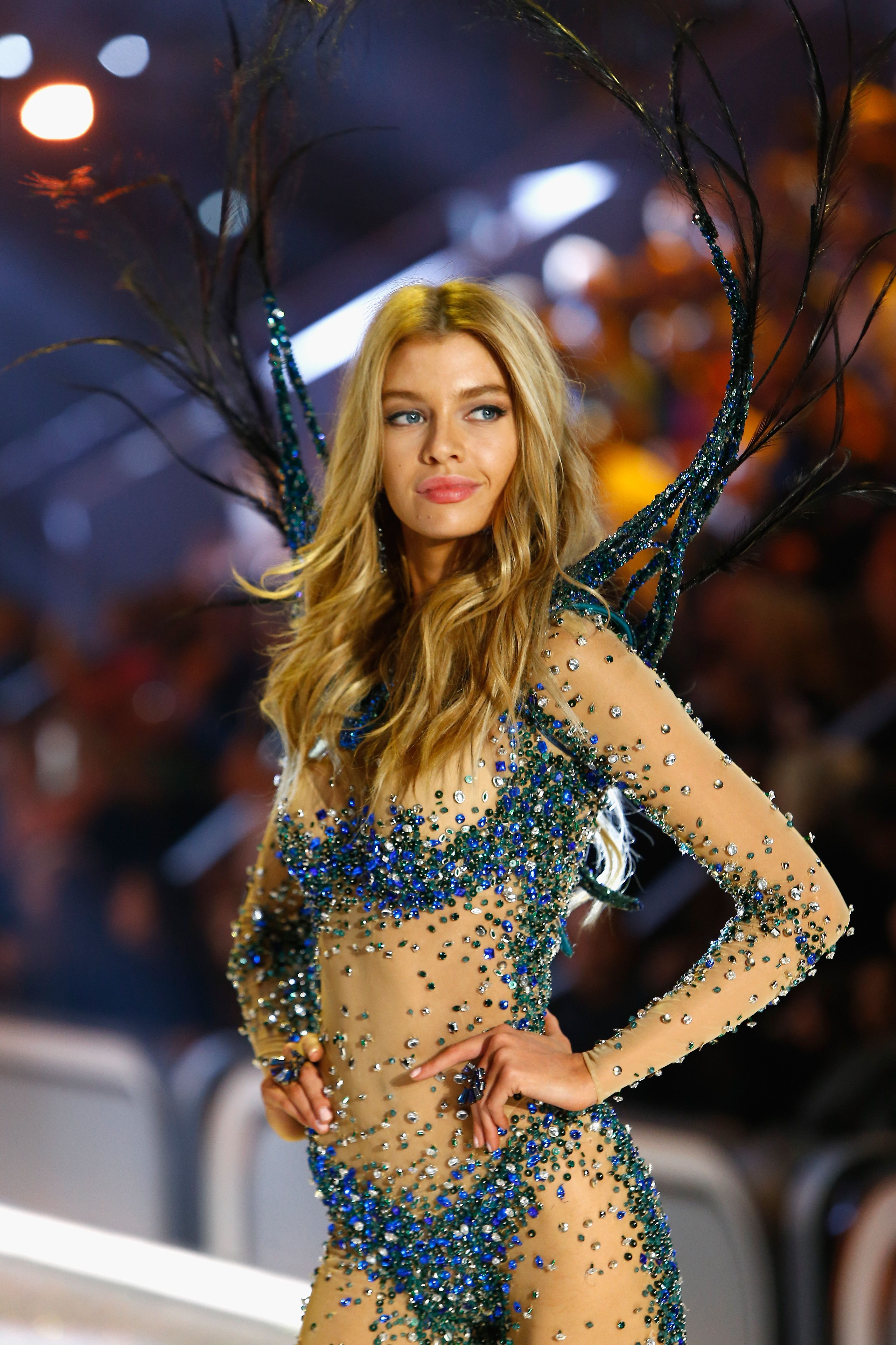 b17490bb9e88 Bright Night Angel  Angel Stella Maxwell in feather wing and hand beaded  bodysuit