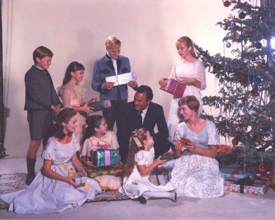 von Trapp Christmas | Julie Andrews | Pinterest | Julie andrews