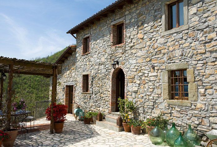 Lunigiana Tuscan Farmhouse Rental Overlooking Alps