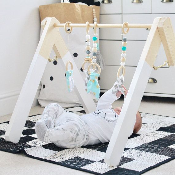 Mint aqua marine wood baby gym toy play gym door styledbynaomi leuk om te maken - Baby jungenzimmer ...