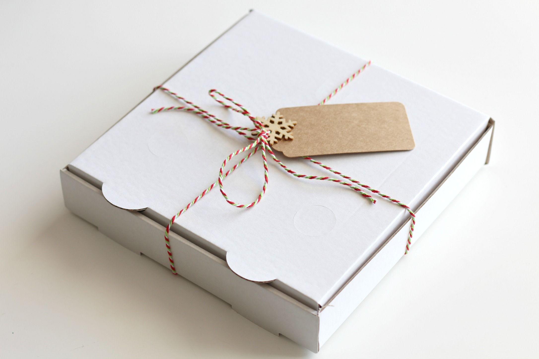 Small Pizza Box Christmas Gift