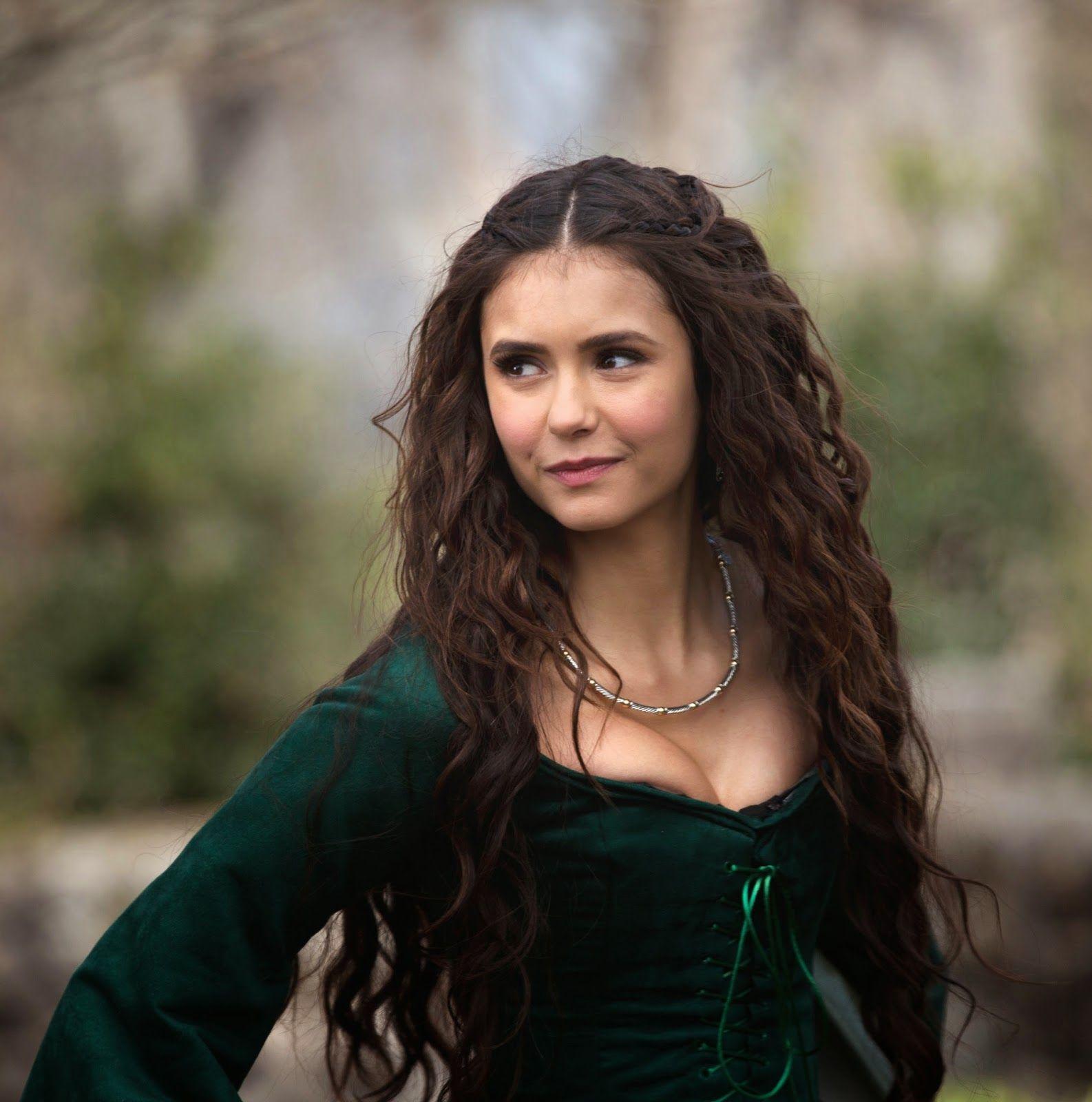 Instrucciones peinados de vampiras Imagen De Tendencias De Color De Pelo - The Vampire Diaries | MOSTBEAUTIFULGIRLSCAPS | Vampire ...