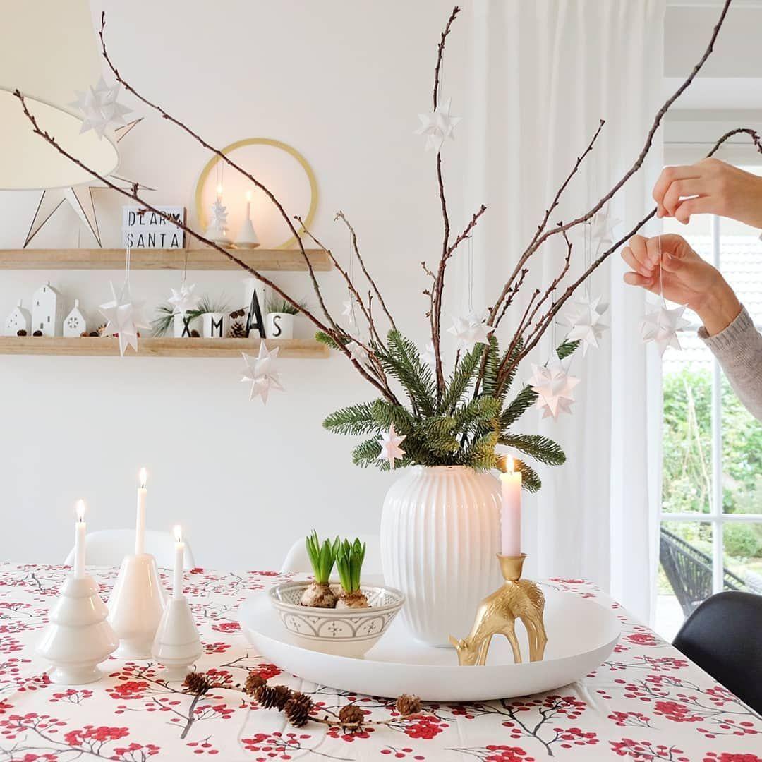 Froebelsterne #Weihnachtsdekoration Tischdekoration Tischdekoration, Tisc …