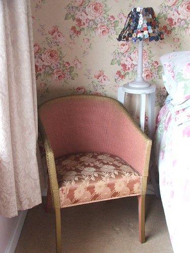 Vintage Dusty Pink Lloyd Loom Style Wicker Chair in 2019 ...