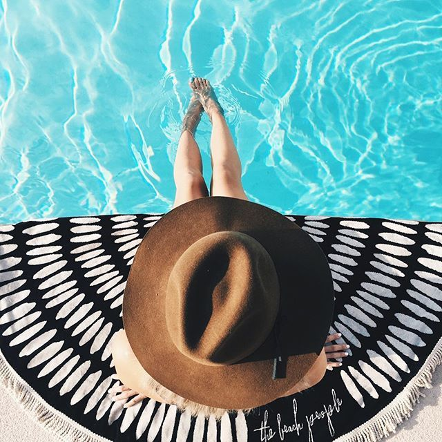 Pool day  #stylesteffi in the Cécile hat