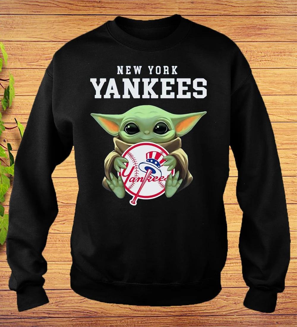 Baby Yoda Hug New York Yankees Sweatshirt Sweatshirts Sweatshirts Hoodie New York Yankees