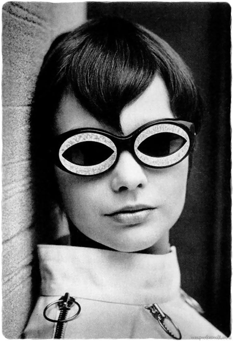 Crazy Sixties Sunglasses [1960's] | Retro Musings