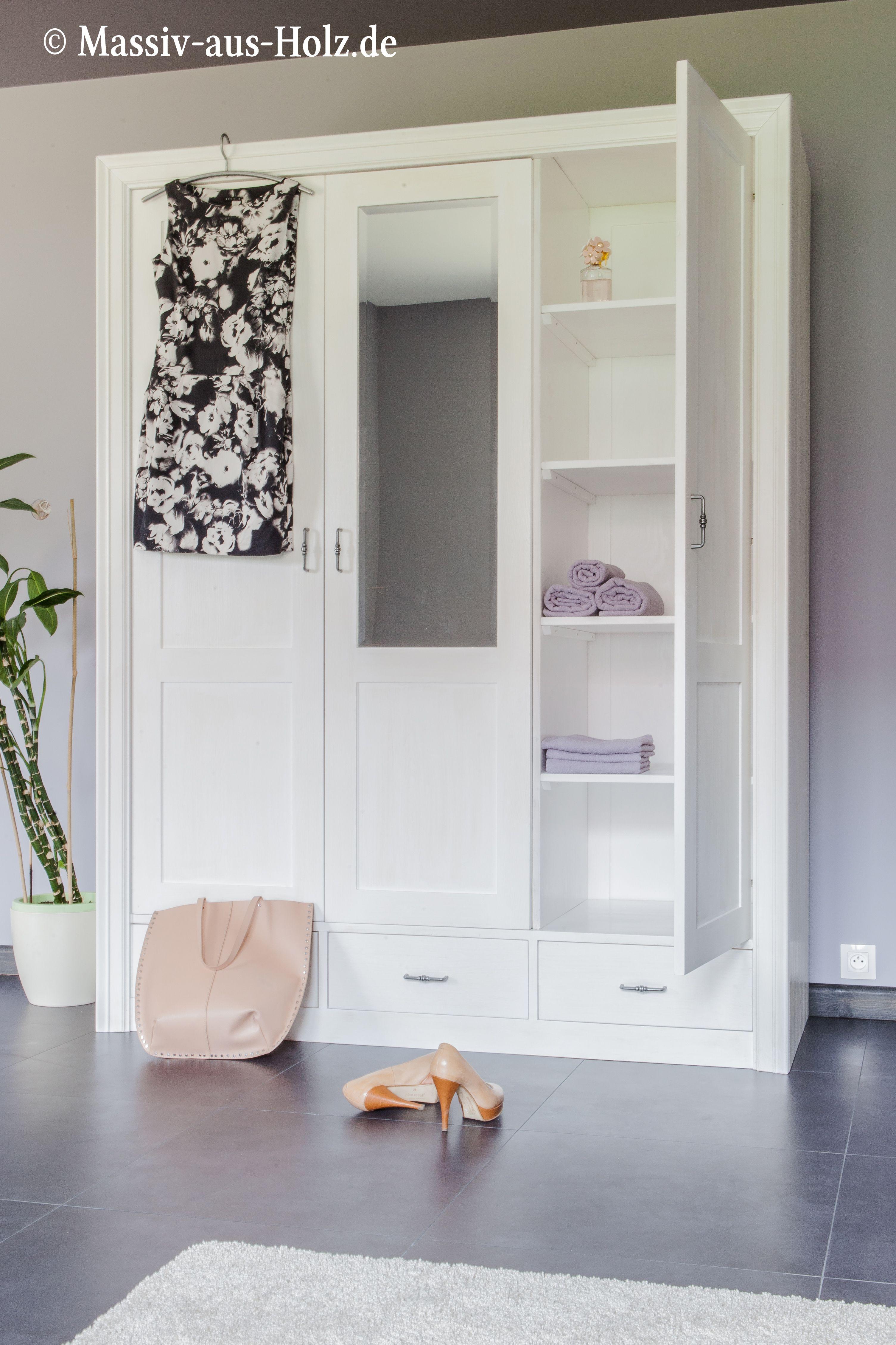 einfach sind die sch nen dinge im leben wei er schrank mit spiegel und schubladen. Black Bedroom Furniture Sets. Home Design Ideas