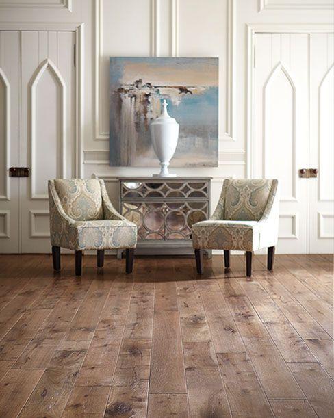 Heritage Hardwood Heartland Merino Comfortable Living Room Chairs Showroom Decor Best Carpet