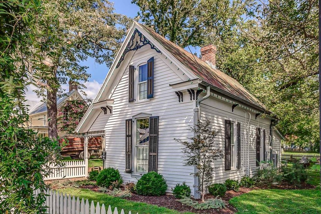 history meets luxury dreamy leipers fork cottage houses for rent rh pinterest com