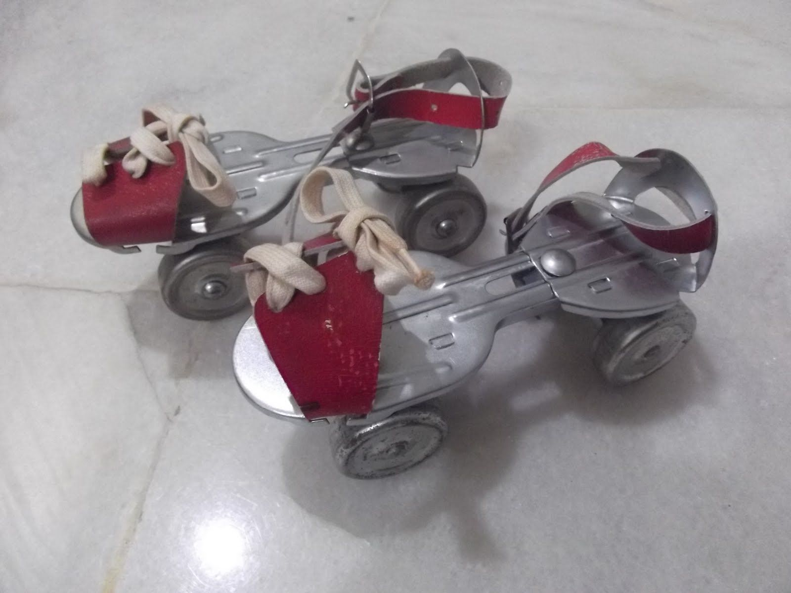 Roller skates adjustable - Adjustable Roller Skates What We Made Our Skate Boards Out Of Before They Became Available In The Uk I Had A Pair Of Skates That Used A Key And Had An