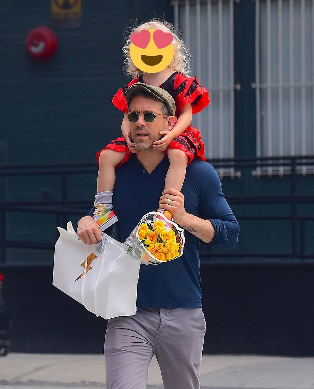 Ryan Reynolds took his daughter, Inez, to a dress up party