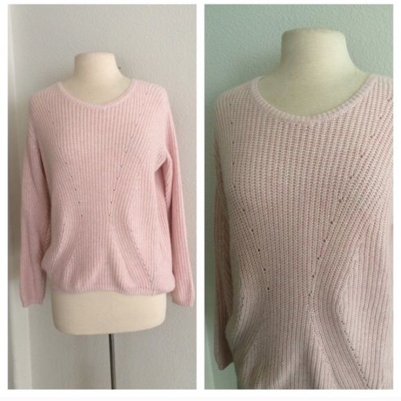 Sold in bundle | Topshop, The o'jays and Scoop neck