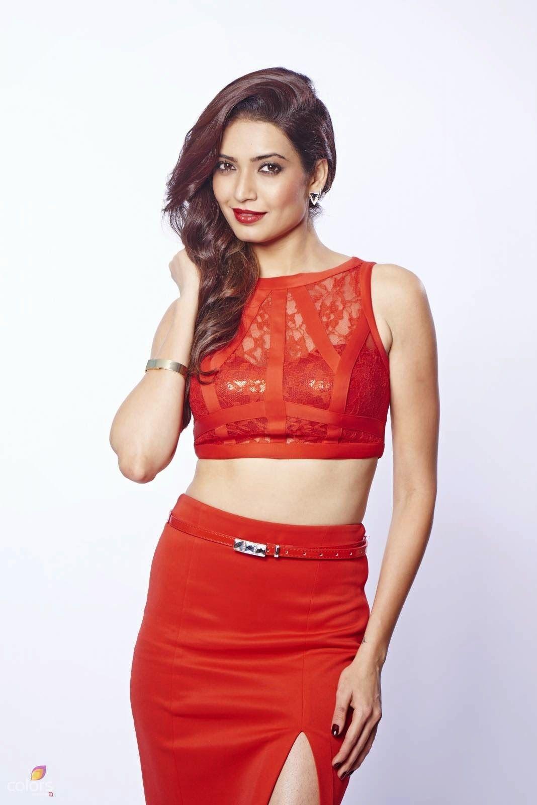 picture Karishma Tanna