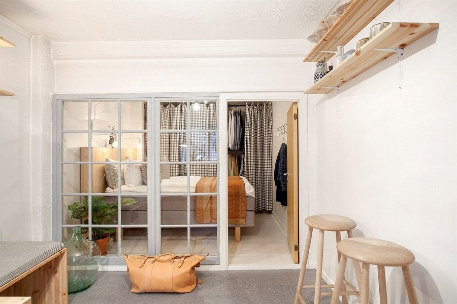 An old veranda doori is the perfect wall.